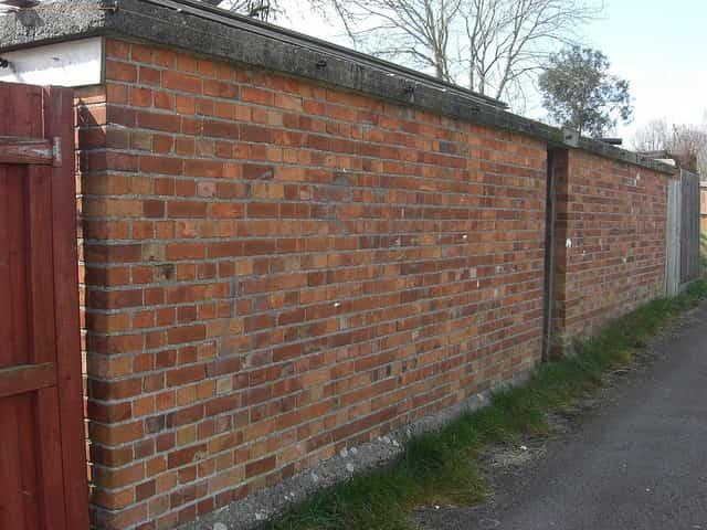 Miért jó választás a betonkerítés?