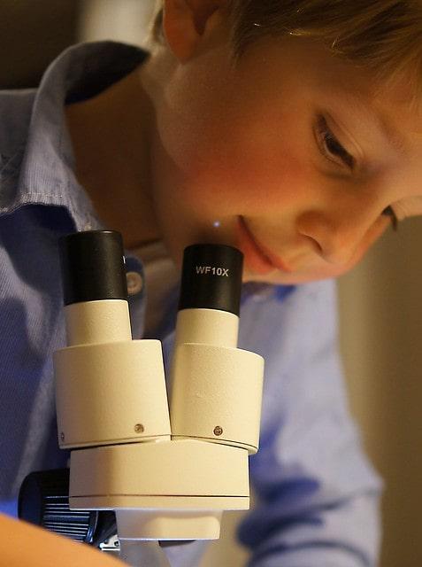 Gyerek mikroszkóp a kis tudósoknak