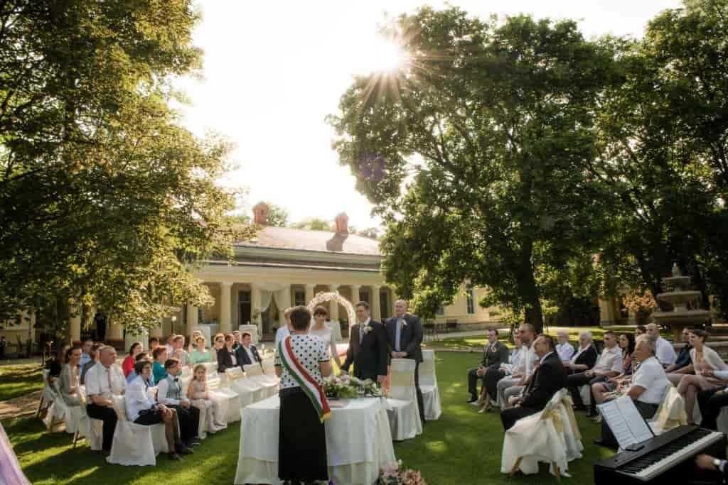 Esküvői helyszínek: milyen árakra lehet most számítani?